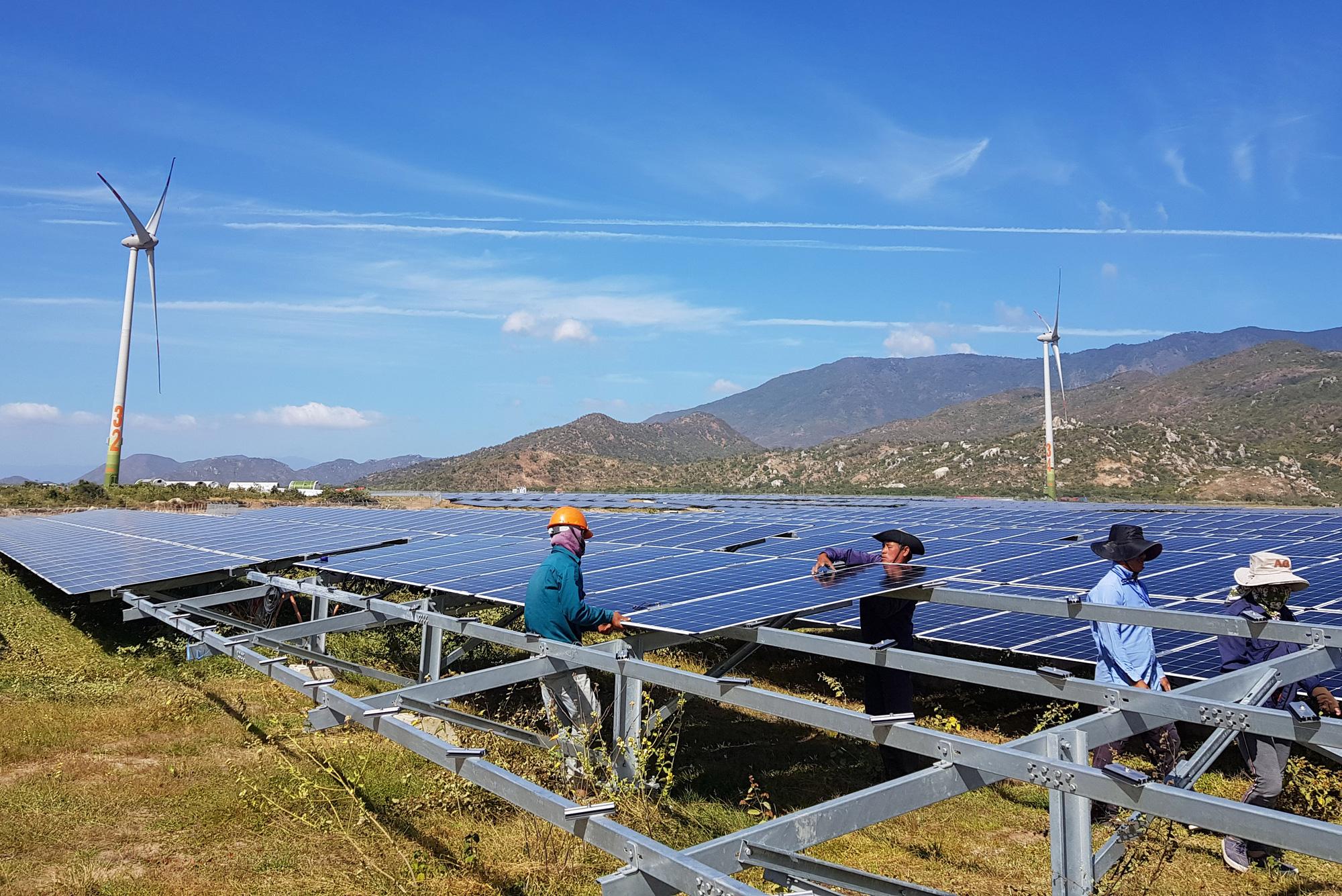 Chính phủ chốt giá mua điện mặt trời trên mái nhà 1.943 đồng/kWh